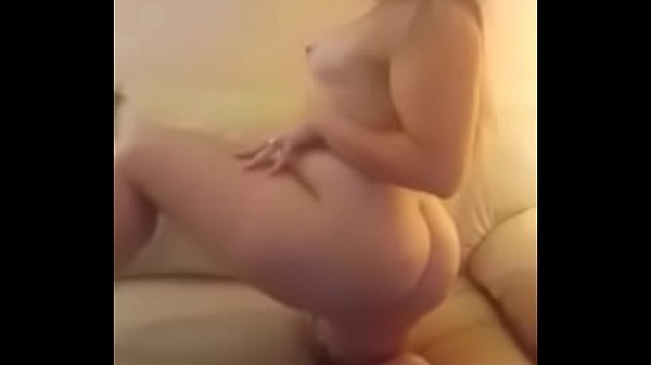 Sexy PAWG Tease Thumb