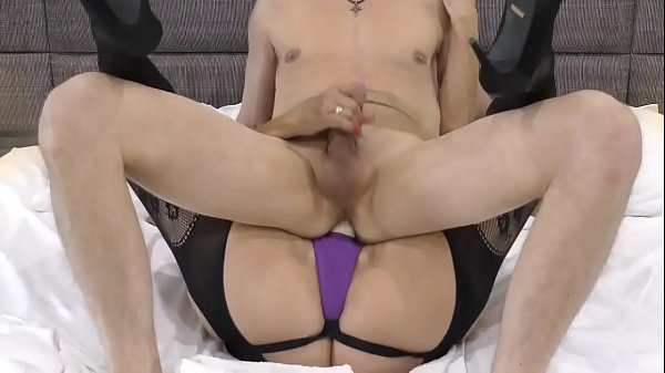 Hubby riding wife's big strapon