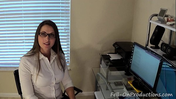 Madisin Lee in I've Been Thinking About You. Virtual Sex. MILF mom fucks son
