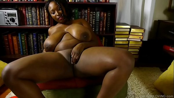 Busty black BBW loves to fuck her soaking wet p...