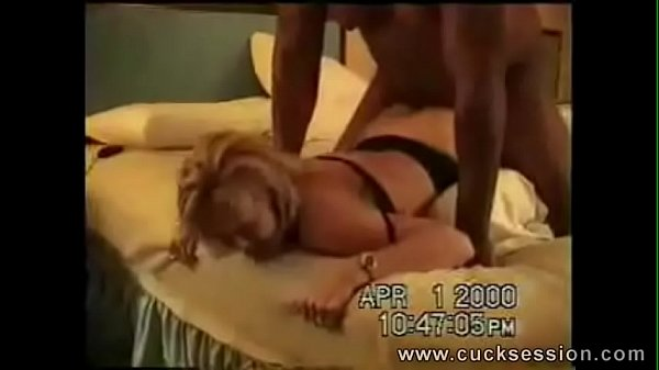 HUBBY CLEANS OUT HIS WIVES CREAMPIE CUCKOLD HOM...