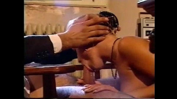 סרטי סקס La Saga du Sexe 2 (1999) – Blowjobs & Cumshots Cut