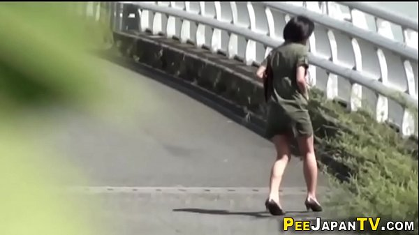 Japanese pissing babes