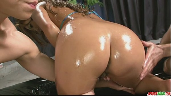 Sexy oiled up babe in a hot and sensual threesome sex