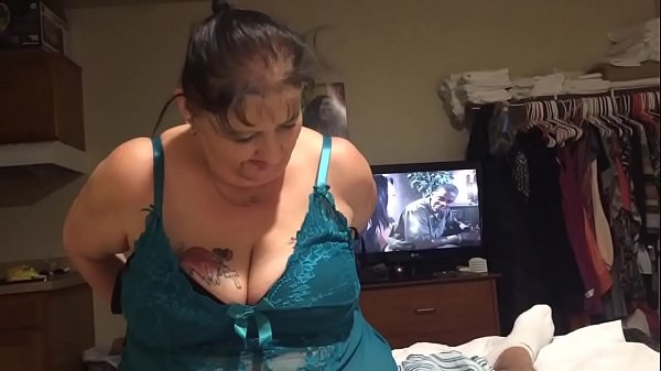 Mature Backpage Hooker Sucking Dick Thumb