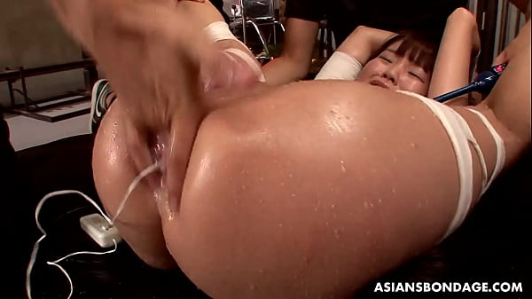 Nene Masaki is often squirting during an intense orgasm