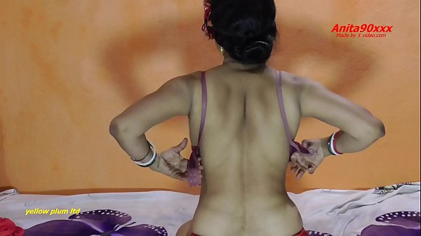 Indian hot sexy video Mae apni sagi bahan ko mu...
