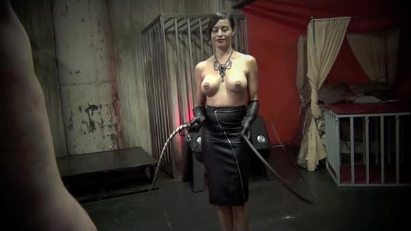 THE ART OF WHIPPING pt 2 - Starring Mistress Ma...