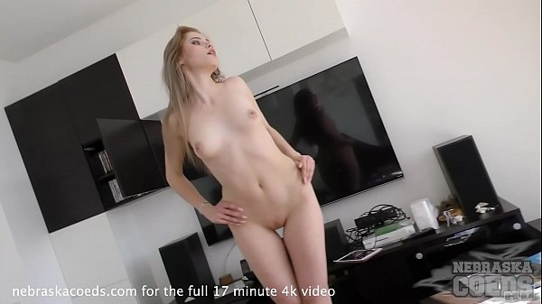striptease 18yo gorgeous margarita and kinky pussy pump dildo play Thumb