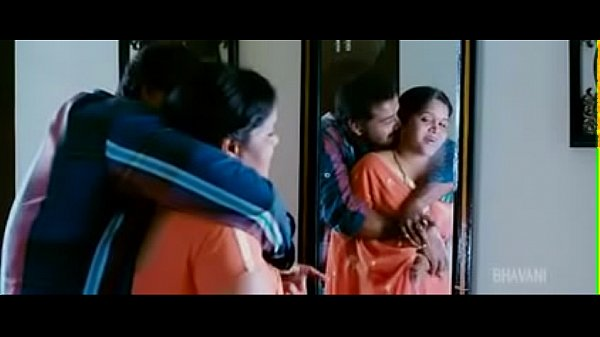 Indian desi Aunty calling neighbour boyfriend after husband went to office