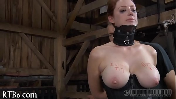 Fascinating playgirl enters her cage
