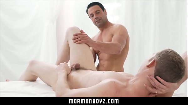 2018-11-11 15:05:09 - Massage and anal play from a hot muscle daddy 13 min  HD http://www.neofic.com