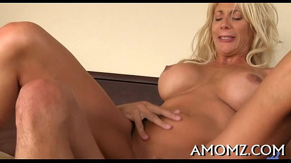 Sultry mom fucked by a sexy chap Thumb