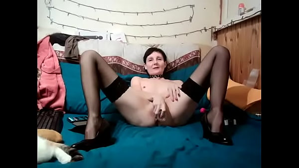 I sat on a big dildo and cum from being inside me