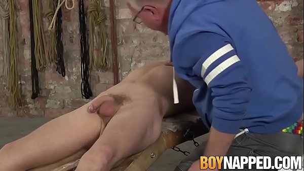 2018-12-27 01:31:06 - Old freak plays with submissive twink and his cock 10 min  HD http://www.neofic.com