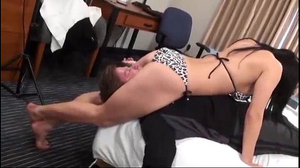 mixed wrestling squeeze with Jasmine