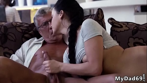Sugar daddy cums in my pussy What would you cho...