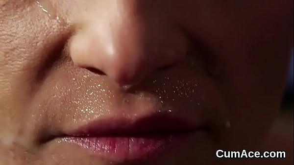 Naughty beauty gets sperm load on her face eating all the jizz
