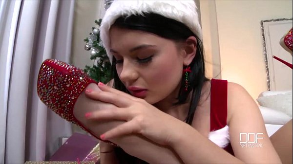 Aleska Diamond and Lucy Li Xmas lollipop foot fuck Thumb