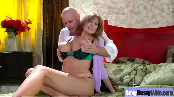 Sexy Wild Wife With Big Juggs Enjoy Sex On Tape...