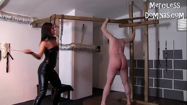 Don't Cry Slave - Hard Whipping with Czech Mistress Lady G
