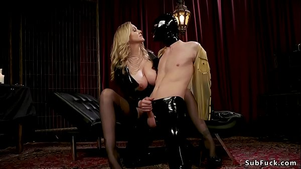 Male in gimp mask anal fucked