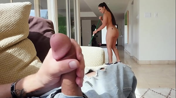 BANGBROS - Spanish Maid With Big Ass Marta La C...