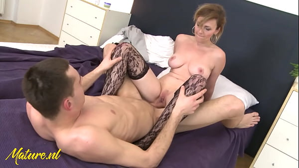 MatureNL - Naughty Milf Invites College-Student Over For a Higher Grade Thumb