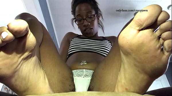 nellys hairy pussy in white panties