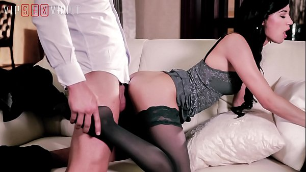 VIP SEX VAULT - Czech Babe Keira Surprise BF With Classy Outfit