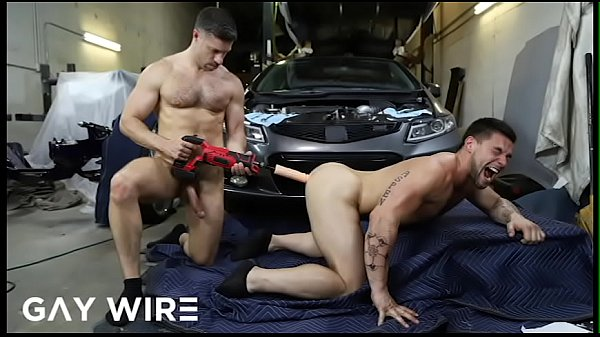 GAYWIRE - Tristan Jaxx Pays The Mechanic (Aspen) With His Ass