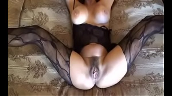 Hotwiferio brunette milf homemade fuck
