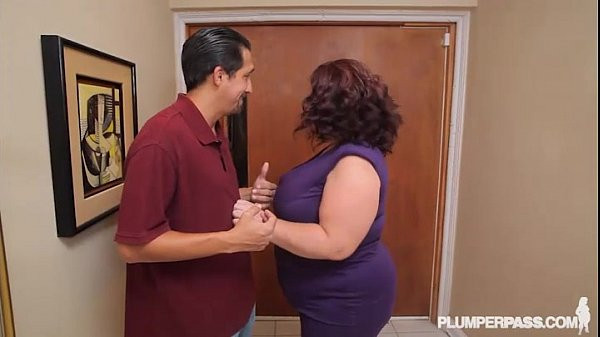 Busty BBW MILF Lady Lynn Fucks Landlord to Save House Thumb