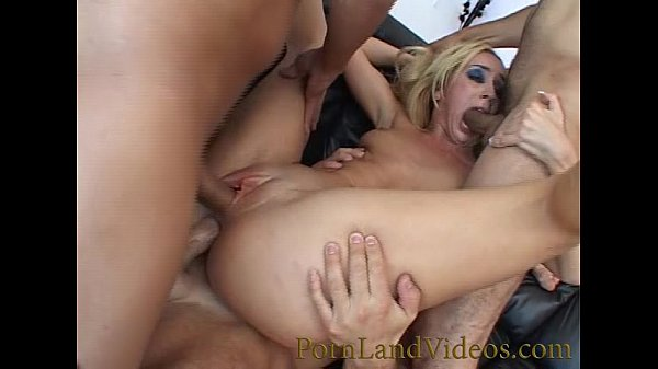 slutty milf  with big asshole fucked with 3 cocks hard anal sex