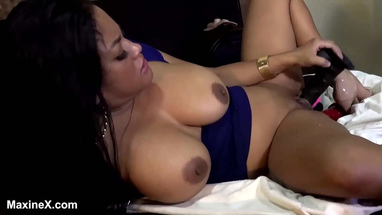 Thick Latina Squirt Solo