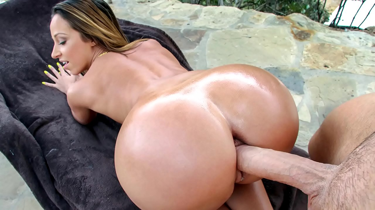 Big juicy butt wants big black cock the babe gets ass fucked and pussy lick
