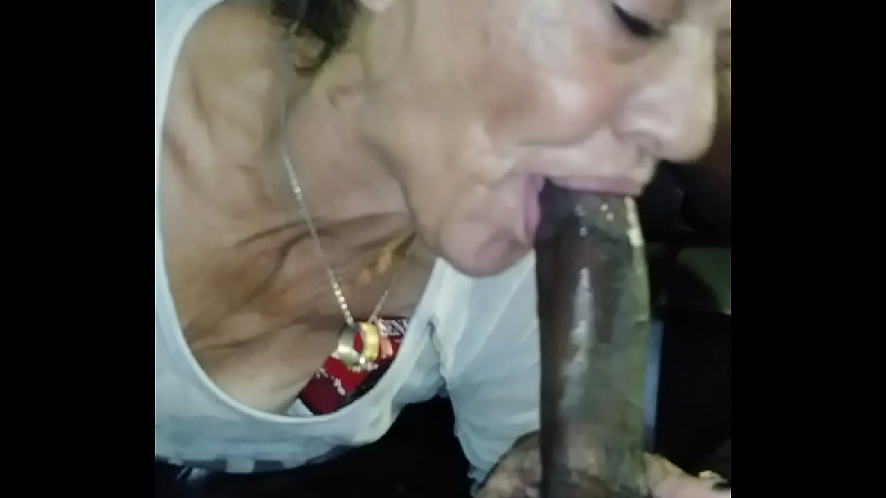 Girl Gets Pussy Eaten Out