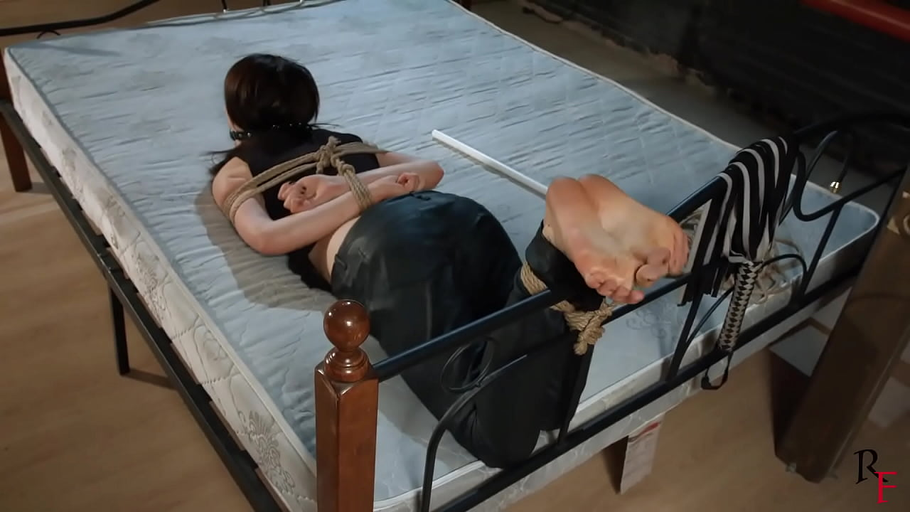 Police Woman Tied Up Fucked