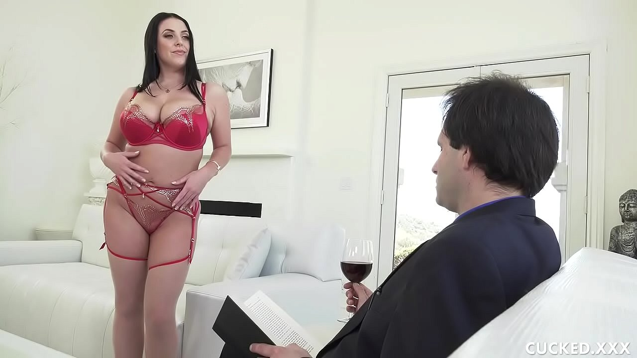 Big Tit MILF Cuckolds Pathetic Hubby By Fucking Her Photographer  thumbnail