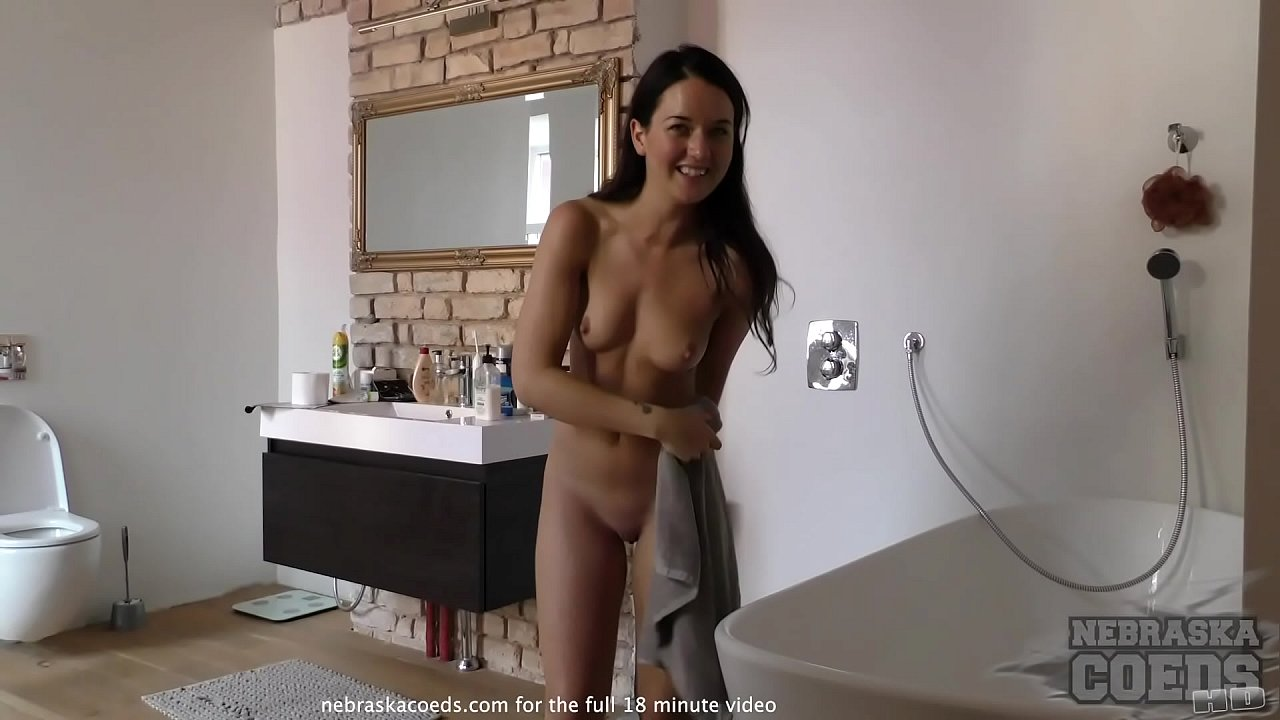 Porn licks mature pussy with a russian voice acting
