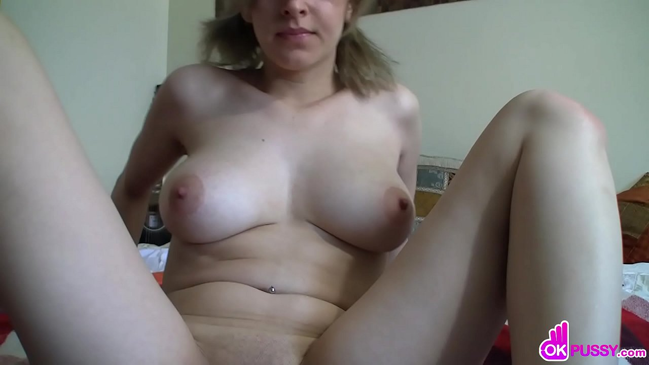 Huge Natural Tits Blowjob