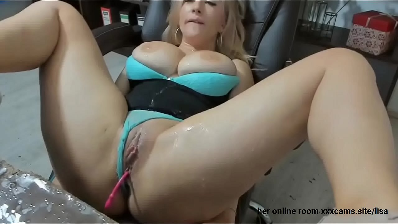 Big Tits Foursome Squirt