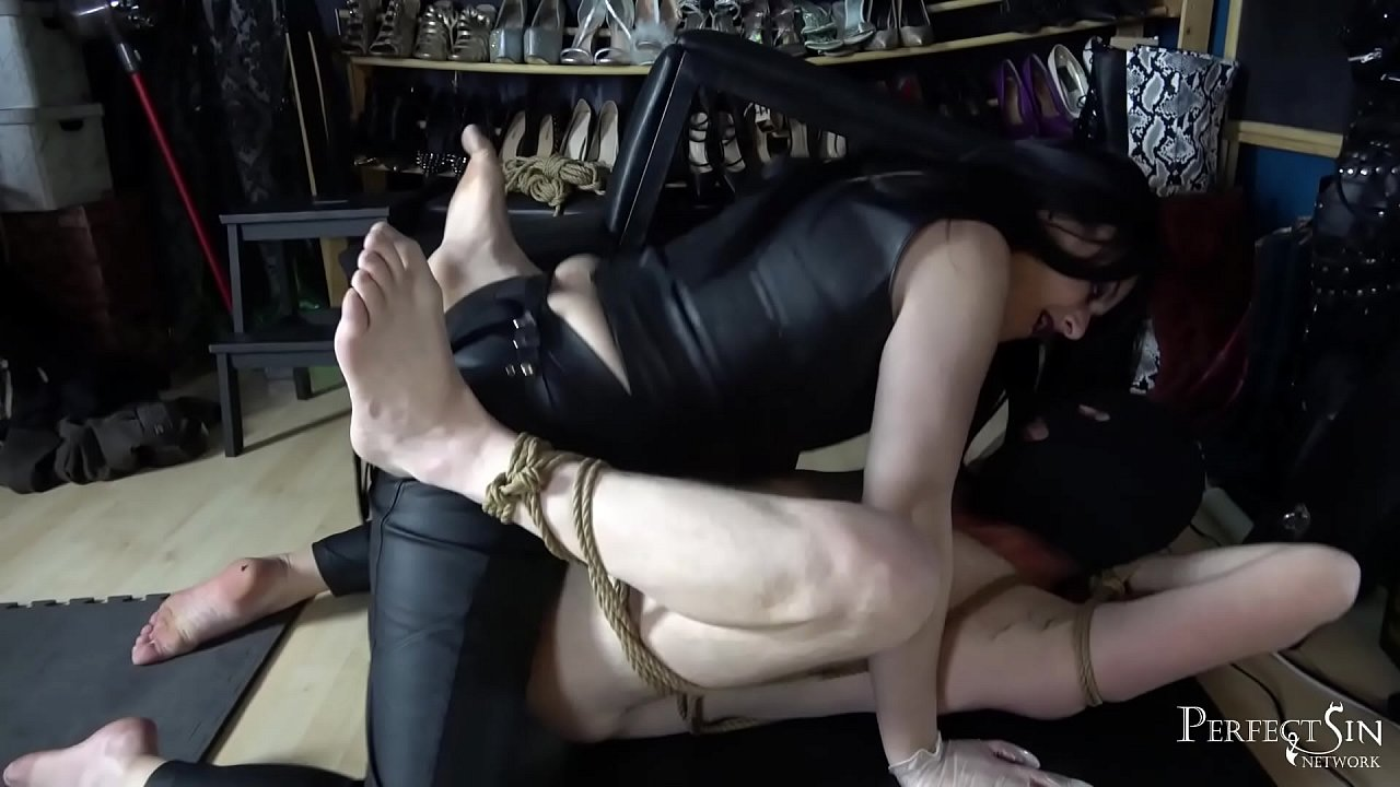 Amateur Humiliation Strapon Porn sweet love - present your ass to mistress - xvideos