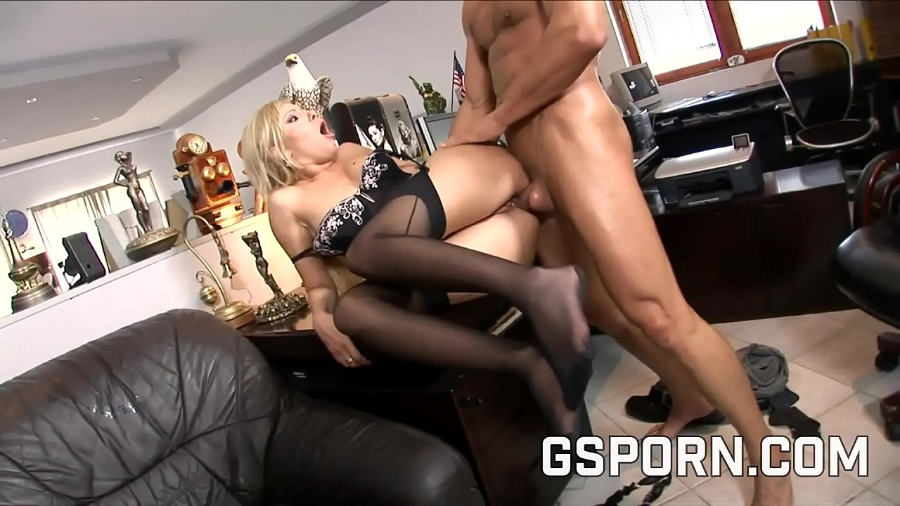 Fat Ass Pawg Gets Fucked