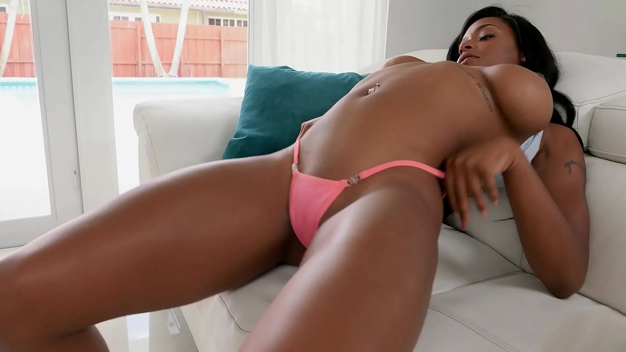 Ebony Big Clit Masturbation