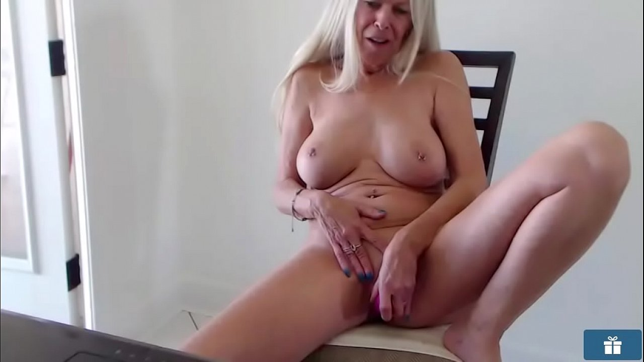 hot and sexy milf vids