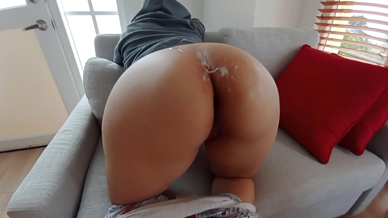 Quick Doggystyle Sex in The Living Room