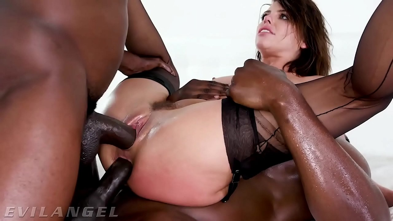 Ebony Squirt During Anal