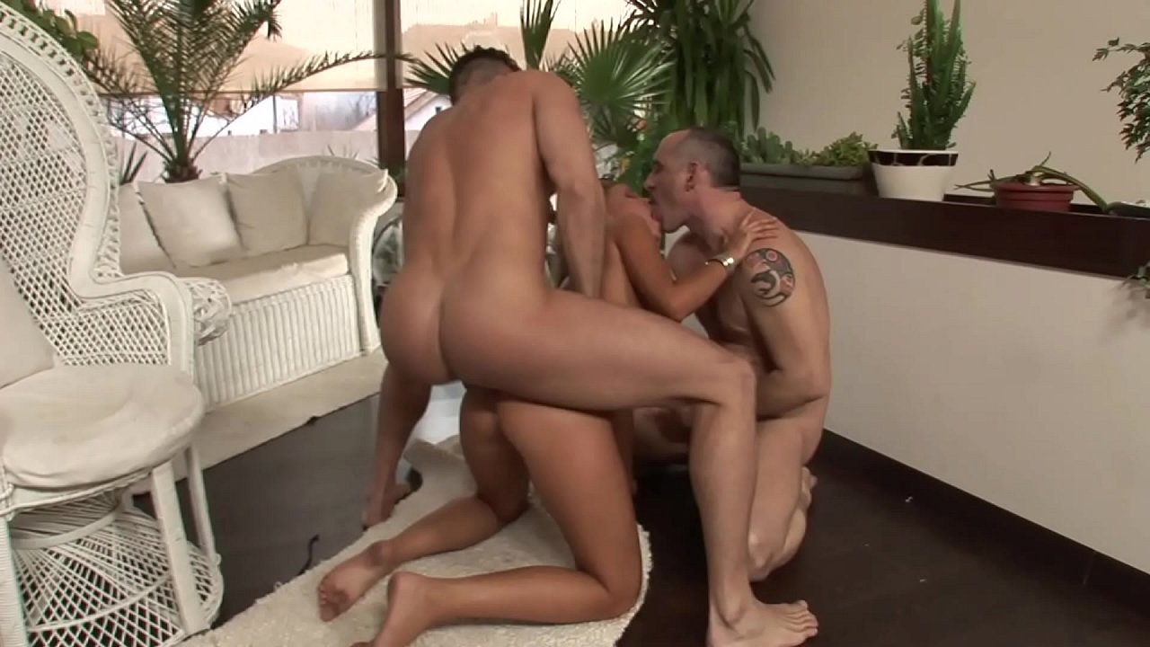 Fast Pick Up Hard Threesome Anal with Hot Brunette and Two Big Dick Guys 24 min 1080p