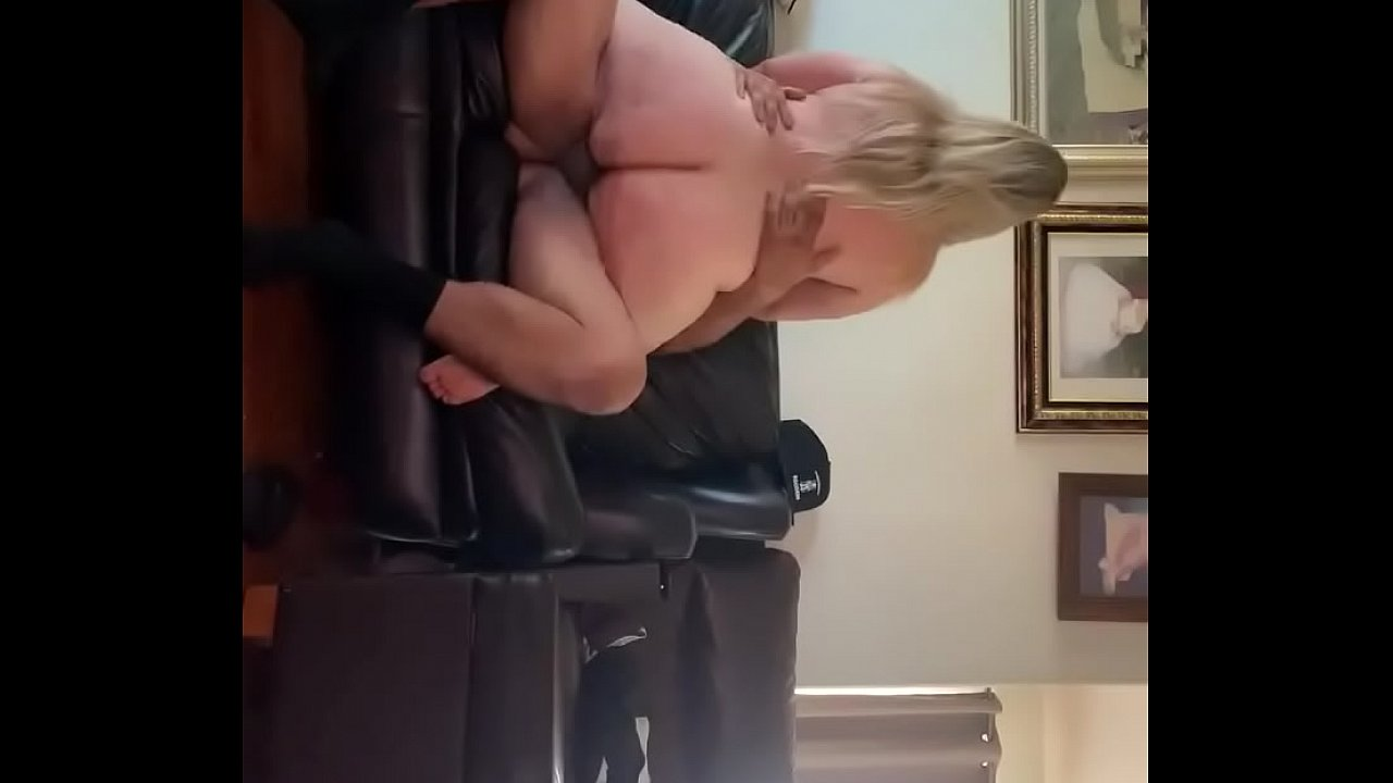 Creampie While Riding Dick